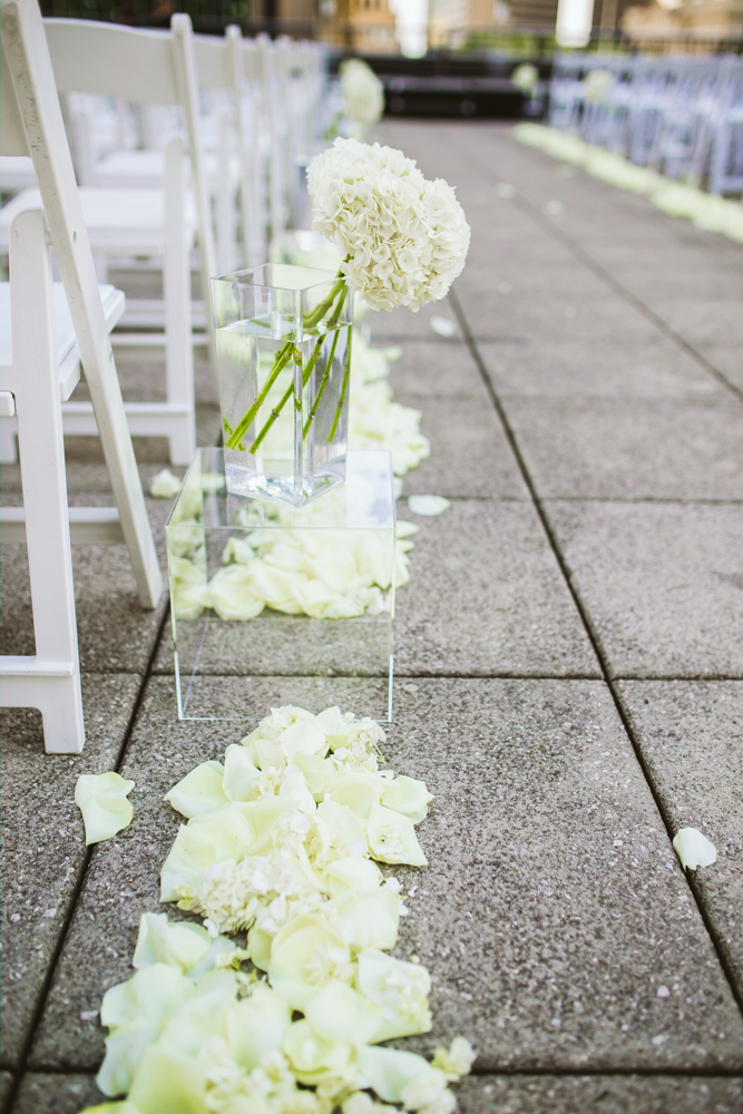 ceremony aisle decoration
