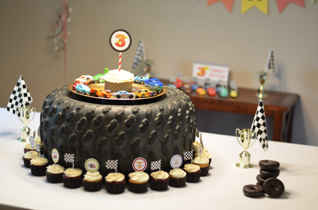 cars themed birthday party desserts